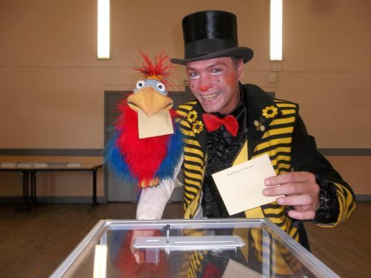 Clown abeille election